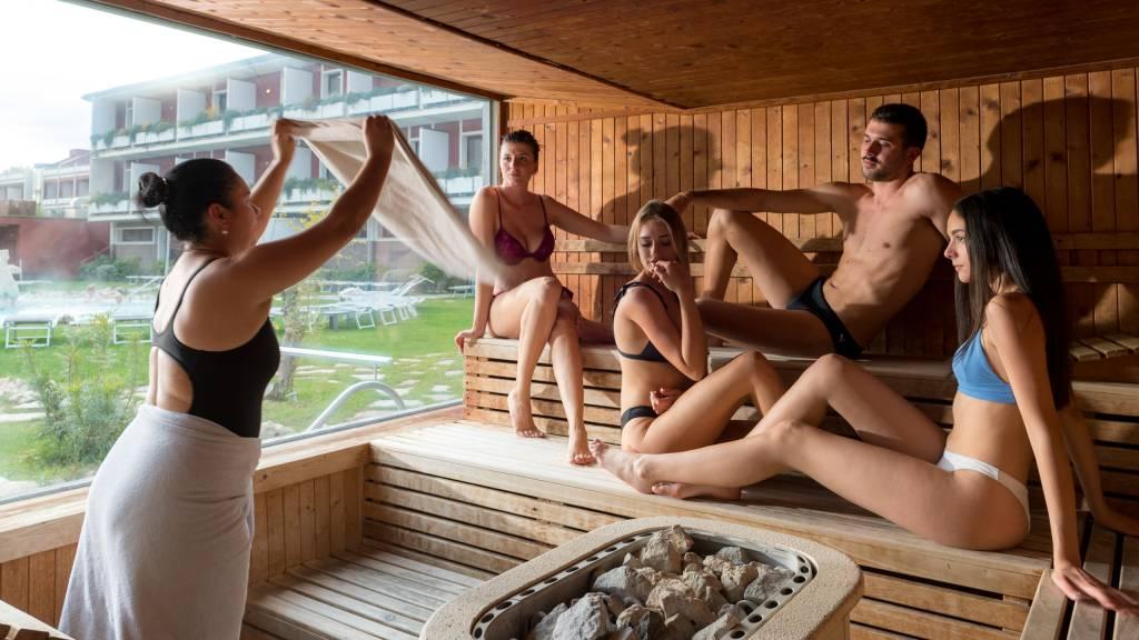 hotel-salus-terme-Viterbo-outdoor-sauna-BUK4763