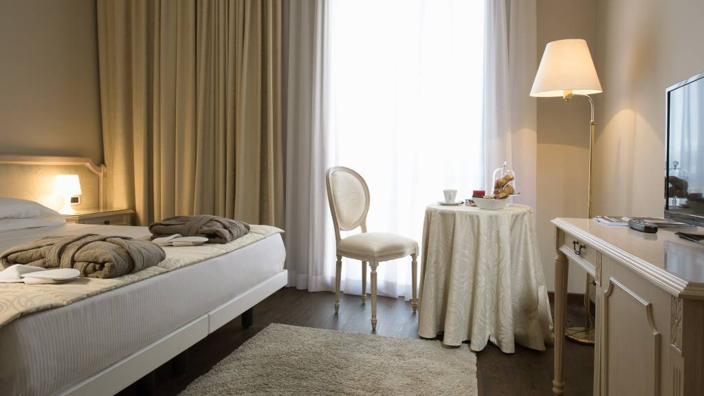 hotel-salus-terme-Viterbo-superior-room2