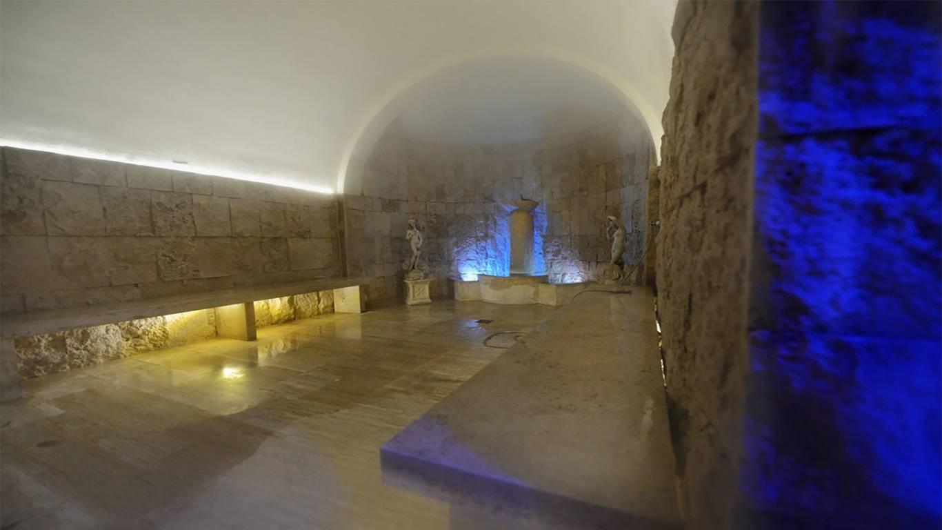 Hotel-Salus-Terme-Viterbo-Etruscan-Wellness-grotta