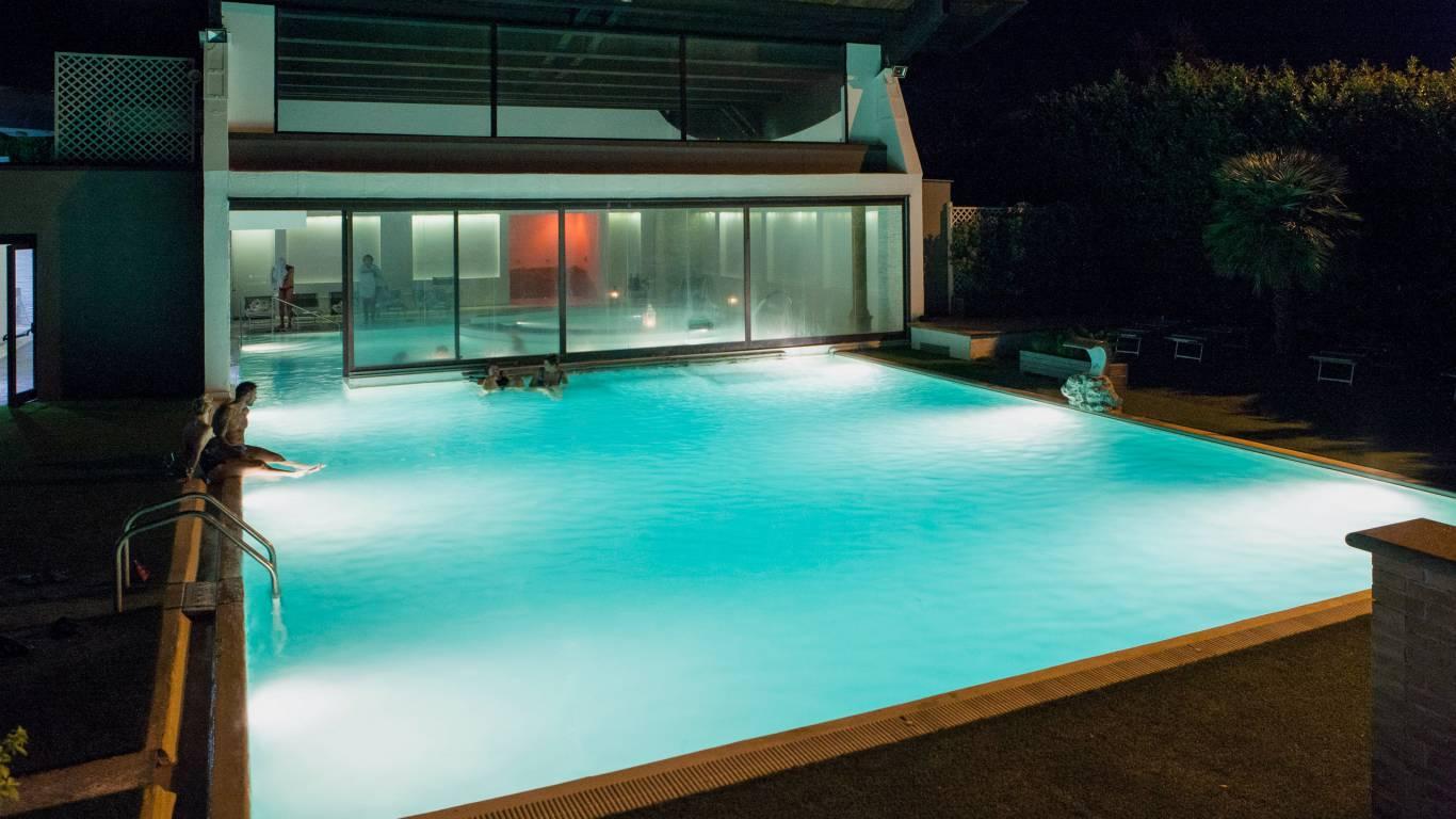 hotel-salus-terme-Viterbo-piscina8