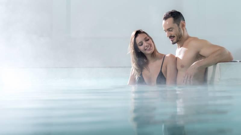 hotel-salus-terme-Viterbo-inside-pool-BUK5070-1