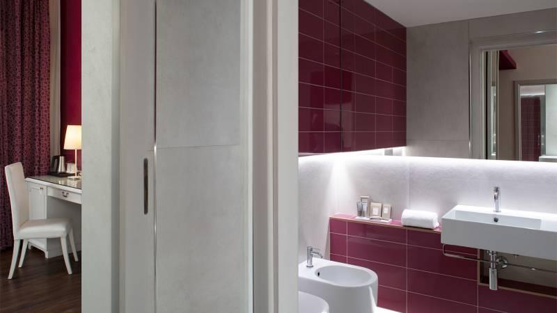 Hotel-Salus-Terme-Bagno-Suite-211-bagno1