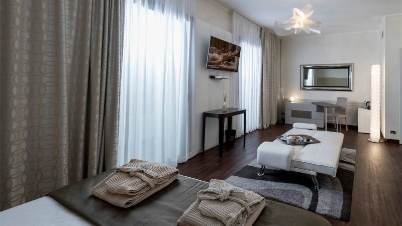 Hotel-salus-terme-viterbo-superior-suite-BKM-9732bis