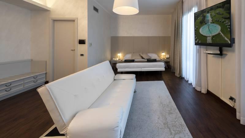 suite219-02